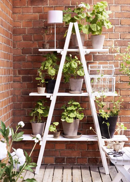 Object moved for Estantes para plantas exteriores