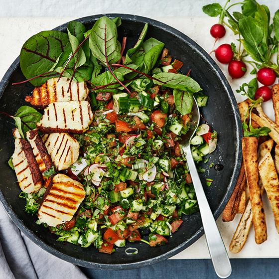 vegetarisk sallad med halloumi