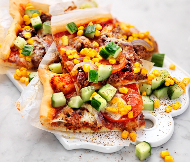 Recept: Tacopizza med köttfärs och majs